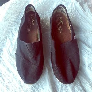 Toms original women black size 6.5 US